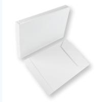 Weisse Papierversandtaschen