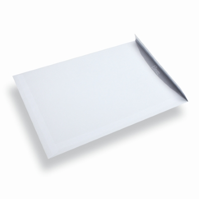 Papieren envelop A4 / C4 wit zonder venster